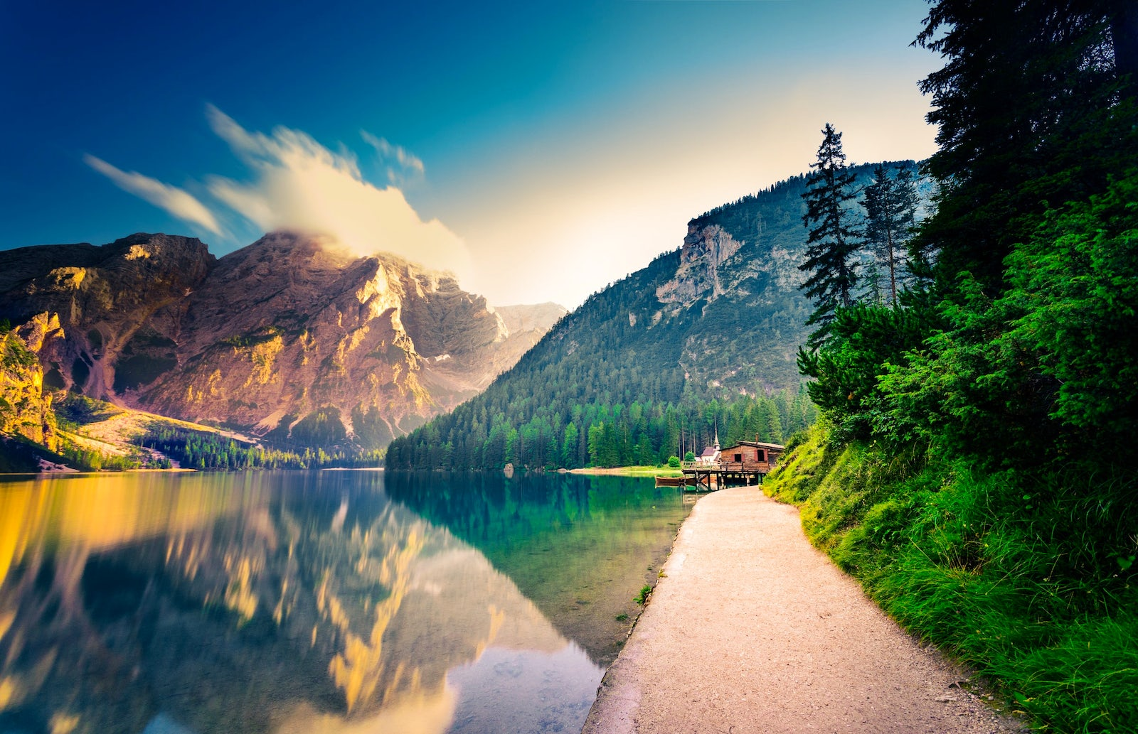 Lake Braises, the pearl of the dolomites